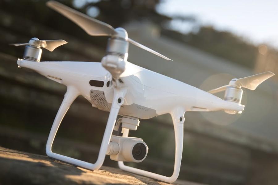 zamow filmowanie dronem w rentgrandfox krakow